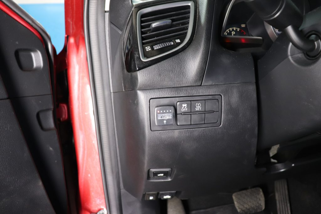 Установка ГБО прямой впрыск на Mazda3 SkyActiv