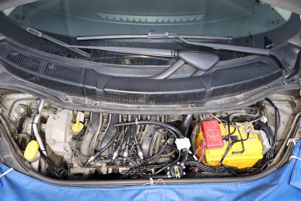 установка газобаллонного оборудования на Renault Scenic